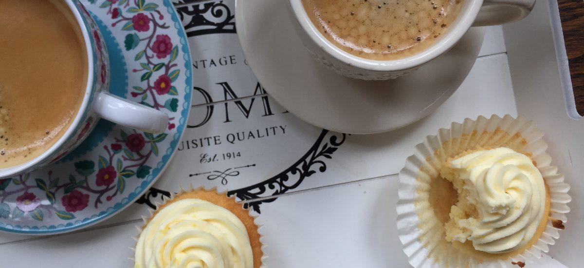 Easy peasy lemon cupcakes (VEGAN + GLUTEN FREE)